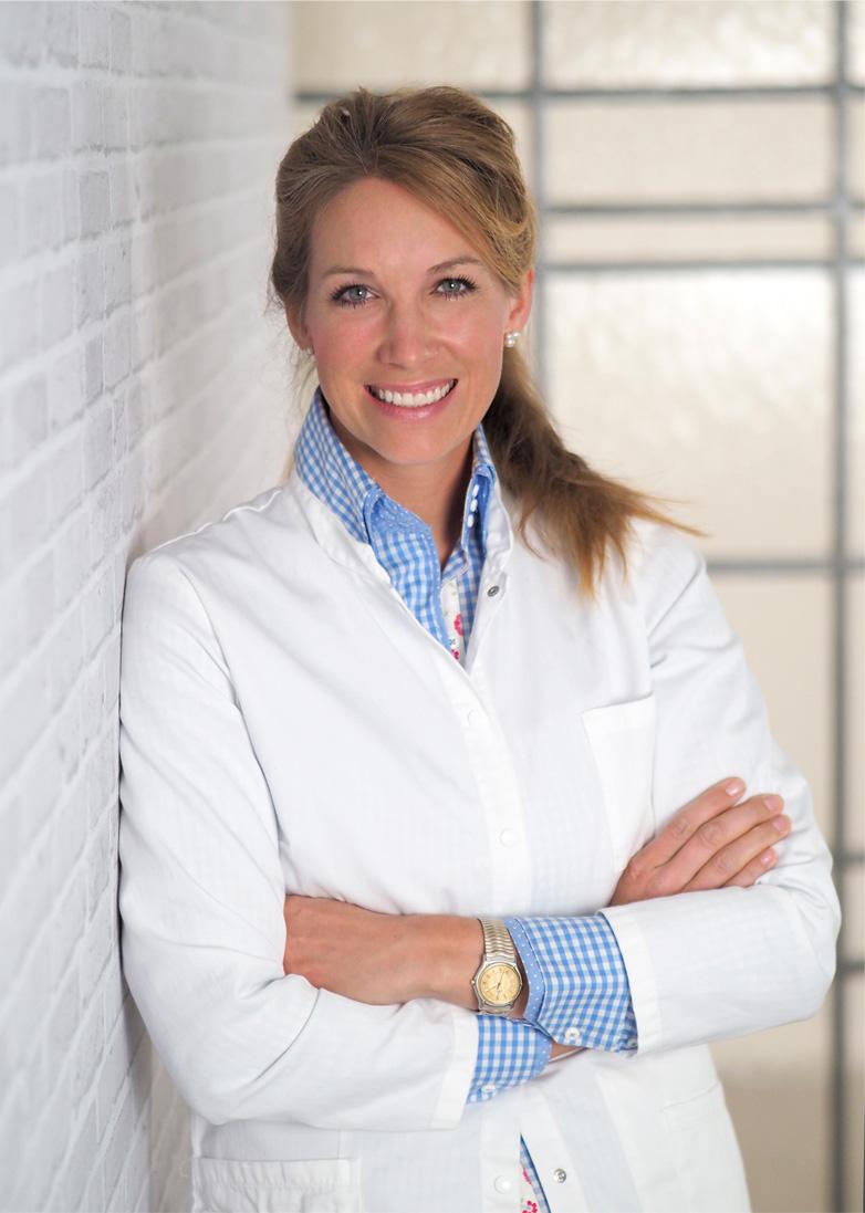 Dr. Anna Riemkasten